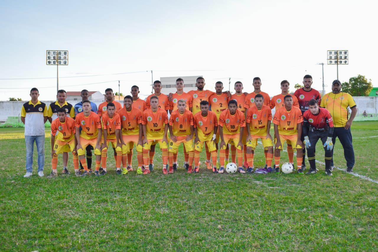 Cinco jogadores da Seleção Belmontense de Futebol estão realizando testes no Serrano Futebol Clube