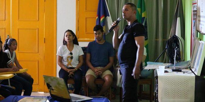 Detran-PE ministra palestras sobre o trânsito no Distrito do Carmo
