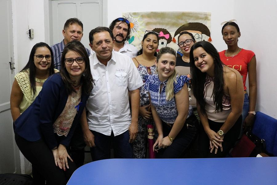 Secretaria de Saúde de São José do Belmonte se reúne com cubanos para agradecimento