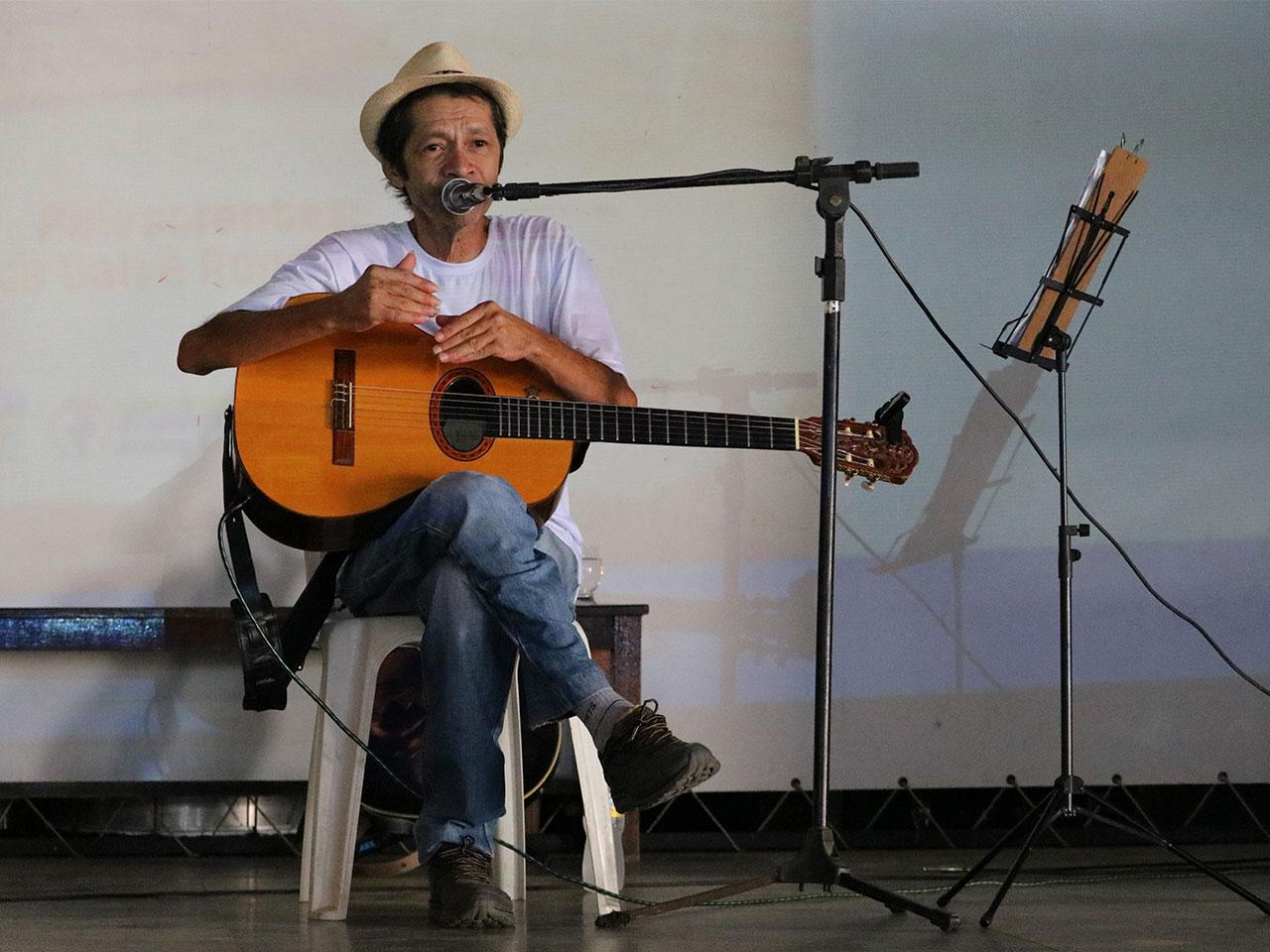 Anchieta Dali ministra aula de composição no 1º Workshop de violão de São José do Belmonte