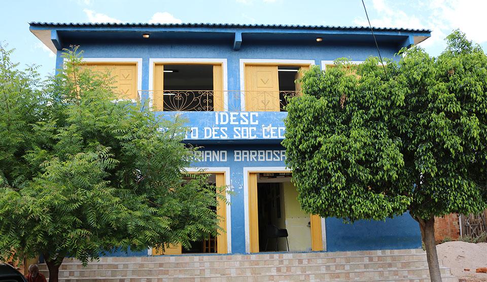 Prefeitura disponibiliza biblioteca pública no Distrito do Carmo