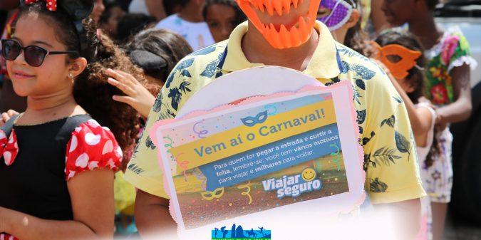 Escolas municipais entram no clima de carnaval