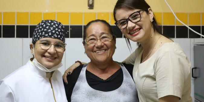 Prefeitura distribui próteses dentárias na UBS Vila Delmiro