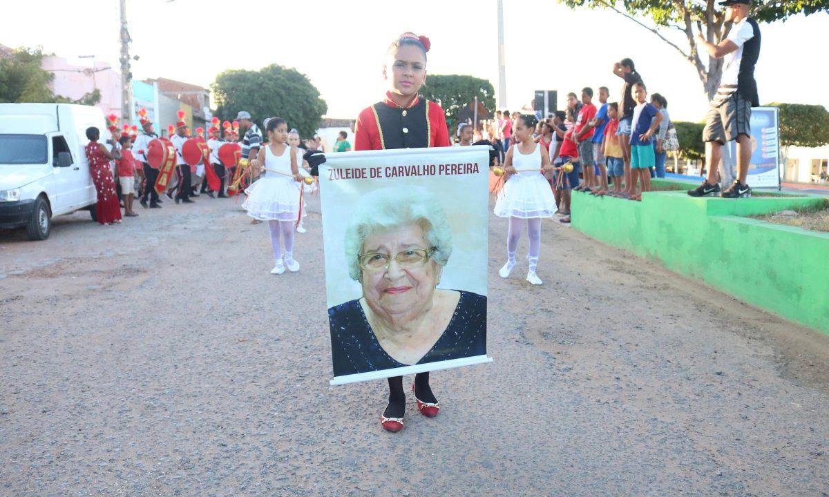 Confira como foi o Desfile Cívico da Escola Napoleão Araújo em Bom Nome