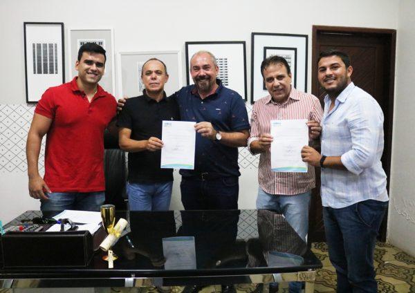 Assinada ordem de serviço da construção da nova escola no centro de São José do Belmonte