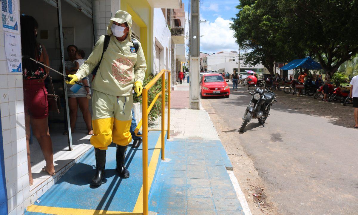 Prefeitura começa a desinfectar locais públicos de São José do Belmonte