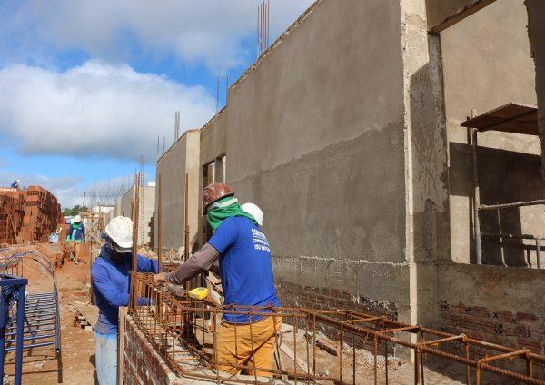Obras da Prefeitura geram quase 300 empregos no município
