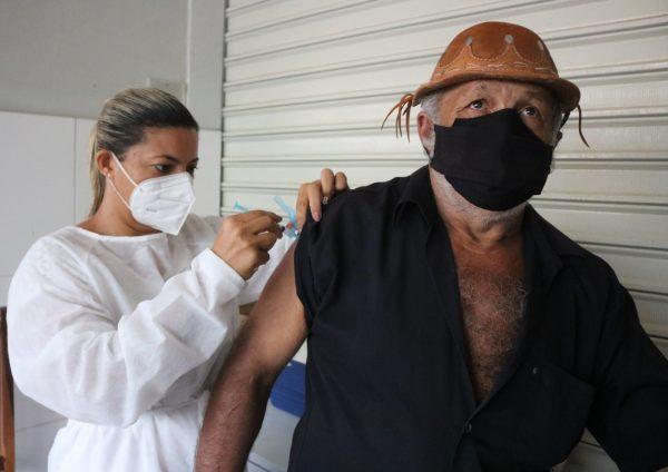 Vacinação de faixa etária 70+ em São José do Belmonte